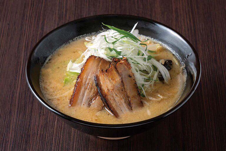 ラーメンを通じて地元の食材&産業の魅力を発信 秋葉区「AKIHA 麺屋 粋翔」