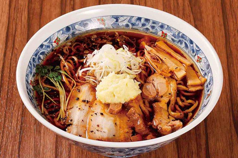 新潟県産地鶏をふんだんに使用したコクうまスープが自慢 大堀幹線沿い「西のあんまる」跡地にラーメン新店