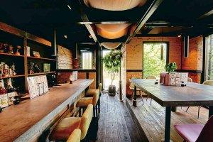 チキンの丸焼きにスキレット料理も キャンプ気分を味わえるアウトドア料理店が新潟市西区にの画像4