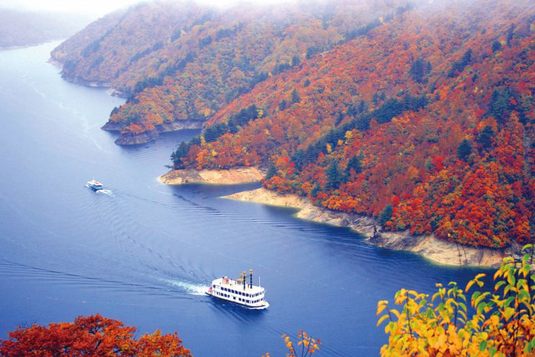 ダイナミックな紅葉の名所と山の恵みを堪能。魚沼市・南魚沼市の紅葉スポット&おすすめベーカリーの画像2
