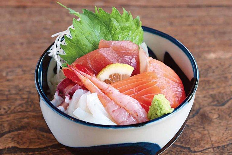 築110年の風情残す古民家が日本料理店と甘味処に 美しい日本庭園を眺めながら食事を