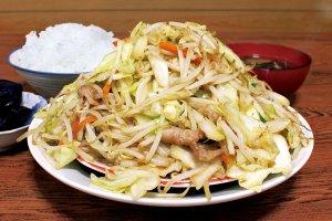 コスパ最強!大盛り・デカ盛りメニューが食べられる新潟の食堂14選のメイン画像