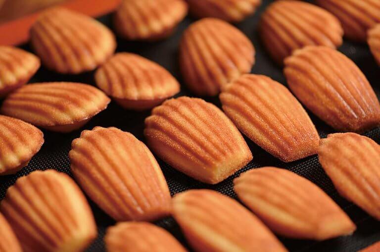 AROI(アローイ)/焼き菓子が自慢の洋菓子店が南魚沼市市野江に。 8種のマドレーヌに7種タルト、季節限定フレーバーものメイン画像
