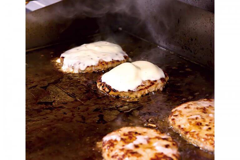 新潟初進出!北海道発のハンバーグレストラン「FireBurg」が上越市富岡に 北海道名物のザンギ(鶏の唐揚げ)もの画像2