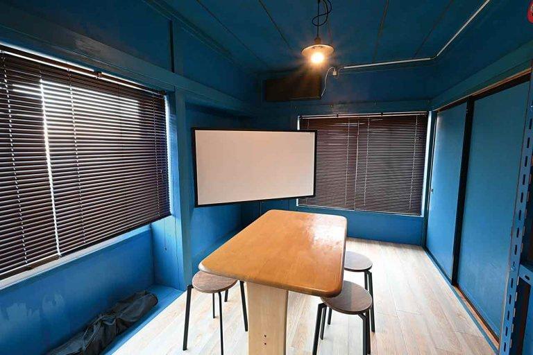 magia(マギーア)/コンセプトは秘密基地。 燕駅そばにコワーキングスペースがオープン! ゲーム機器の無料レンタルや映画鑑賞もの画像3
