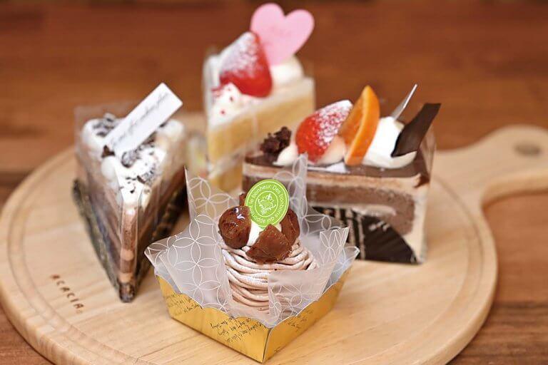 ラ・メゾン・ド・アニー/人気パティスリー「アトリエ・ニコ」の姉妹店が燕市大曲に。 手頃な価格のケーキが常時15種のメイン画像