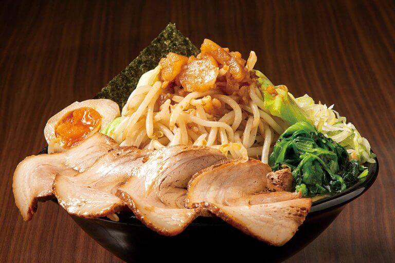 麺を覆い隠すほど野菜てんこ盛り!新潟の「野菜ましラーメン」6選の画像5