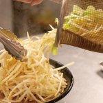 麺を覆い隠すほど野菜てんこ盛り!新潟の「野菜ましラーメン」6選の画像6