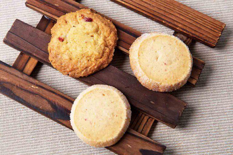 3月発送分は「バター香る手作りクッキー×厳選コーヒー」のセットをお届け 『Komachi×SUZUKI COFFEE おうちでハッピー カフェ&スイーツBOX』の画像3