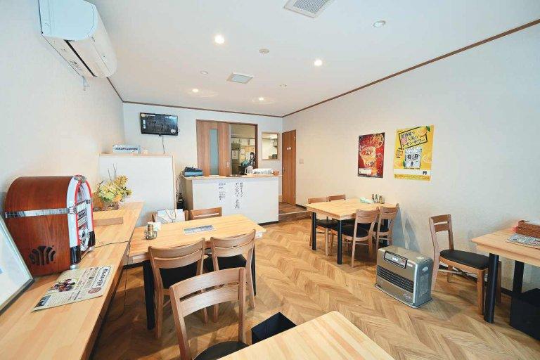 ナポリタンにしょうが焼き…昔懐かしいメニューをそろえる食堂「日はまた昇る」燕市にオープンの画像4
