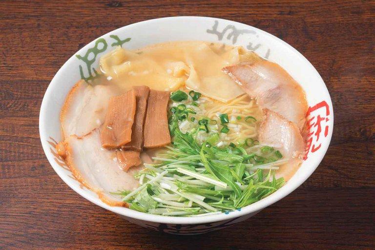 焼きあごスープが人気のラーメン店「浦咲」が新潟市東区はなみずきに 複雑で奥深いうま味を味わって