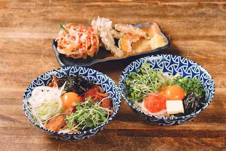 本場・香川の味が390円から! 「讃岐うどん かまたまや」