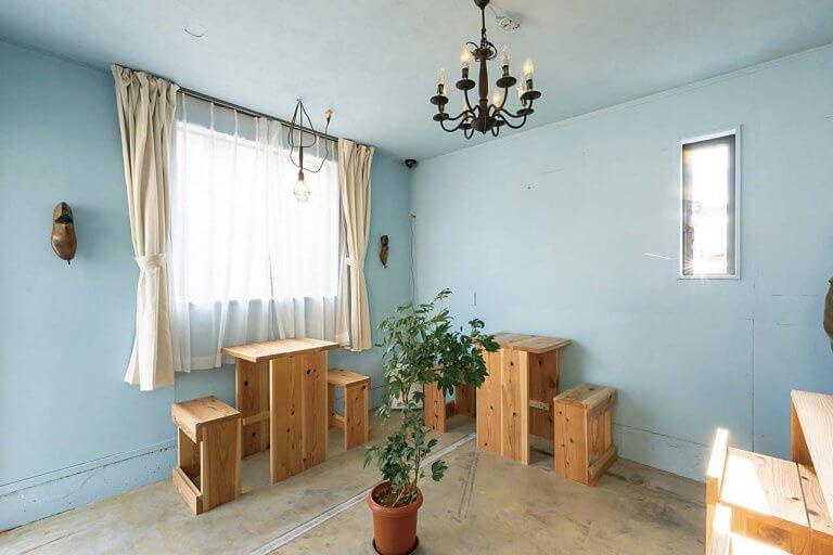 弁天線沿いに小さなカフェがオープン「miroir cafe(ミロワール カフェ)」木の温もり感じる空間でケーキや軽食をの画像4