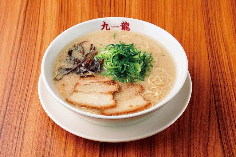 多彩な九州料理がそろう定食・居酒屋「九龍」新潟駅前にオープン とんこつラーメン・もつ鍋・皿うどんなど本場の味を気軽に