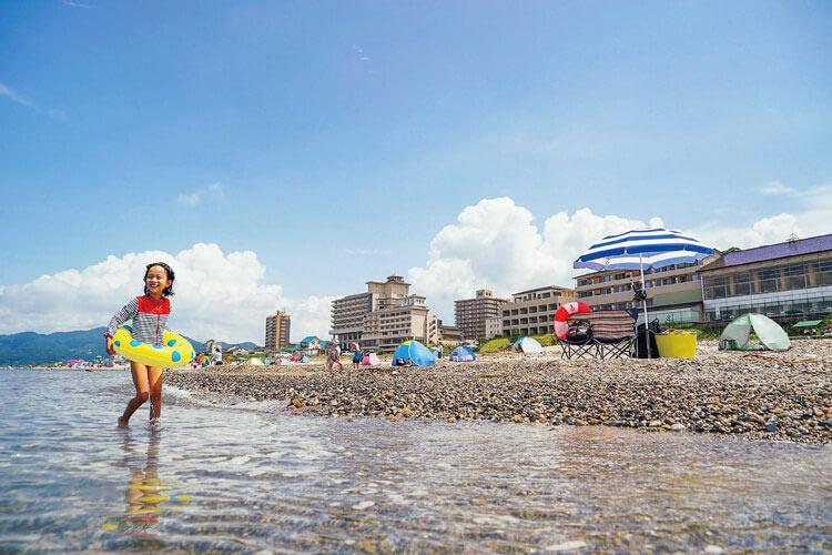 【2021年版】新潟の人気海水浴場&ビーチ10選〜今年の開設状況〜