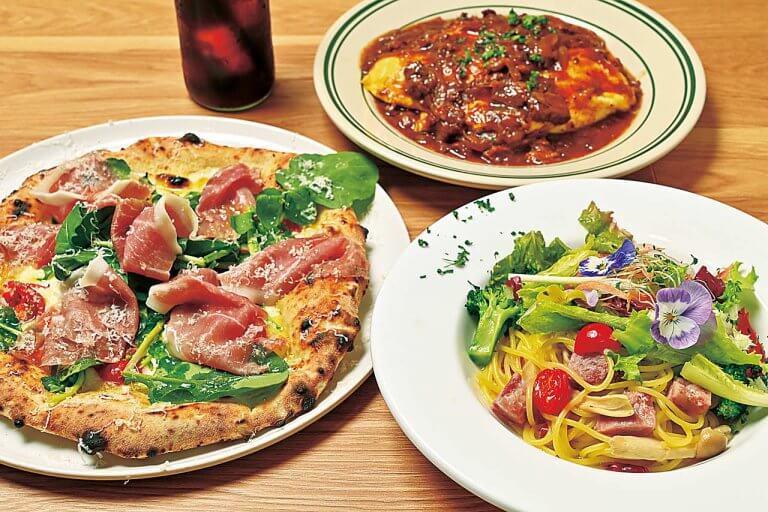 まき窯ピッツァが自慢のカフェレストラン「Fun!」燕市にオープン 生パスタメニューにスイーツ、焼き菓子など多彩なメニューにも注目