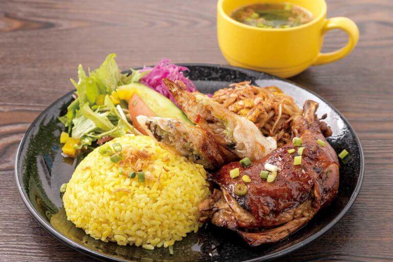 阿賀野市のアジア料理店「マナカフェ」が新潟市の駅南エリアに移転「NOAH'S KITCHEN」に!テイクアウトやデリバリーも充実